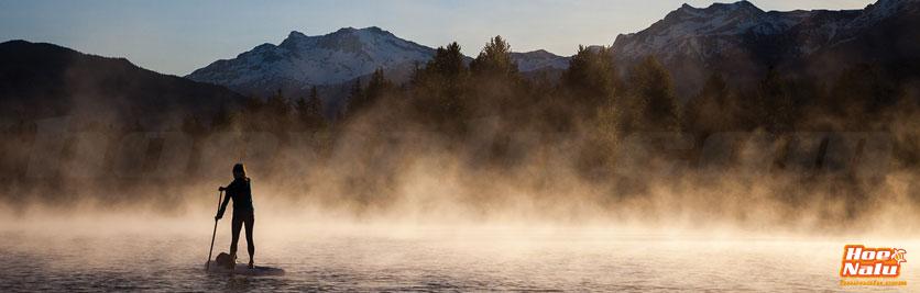 Disfruta de los paisajes de invierno sobre tu tabla de SUP