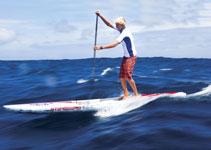 Connor Baxter haciendo una ruta en downwind con tabla Starboard