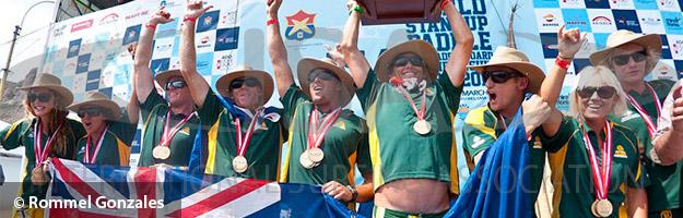 Celebración del equipo ganador del Campeonato de SUP - Australia