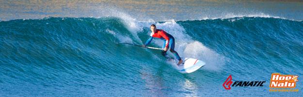 Paddlesurf en olas para surfear en el mar