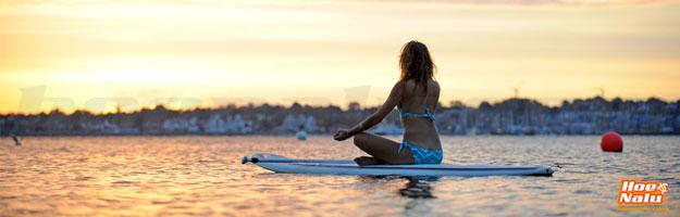 Medita en lugares únicos dentro del mar, lago o río sobre tu tabla de SUP