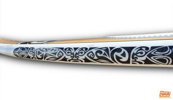 RSPro tribal TATAU sobre fondo blanco