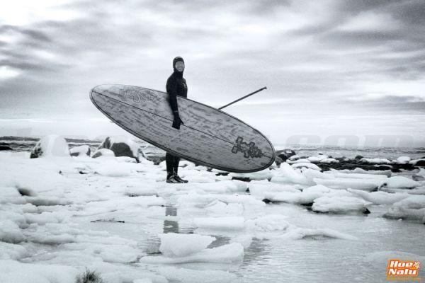 SUP en invierno con neopreno y accesorios para agua fría